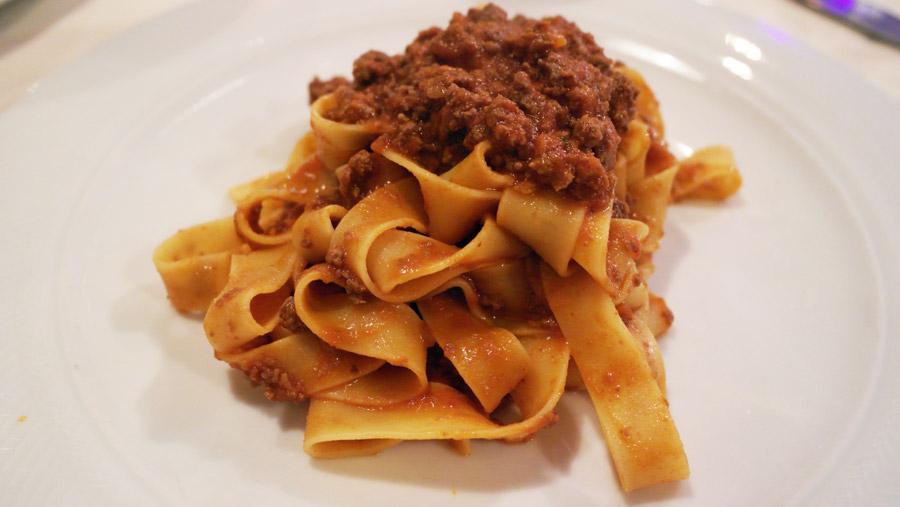 la-coutch-blog-voyage-italie-lombardie-lacs-italien-tagliatelle-sauce-cerf-rouge-food-gastronomie