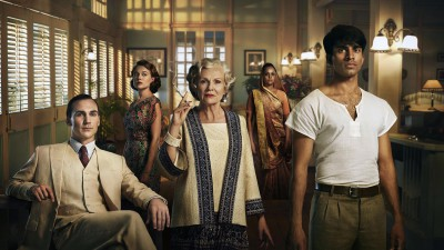 10 raisons de regarder la série Indian Summers