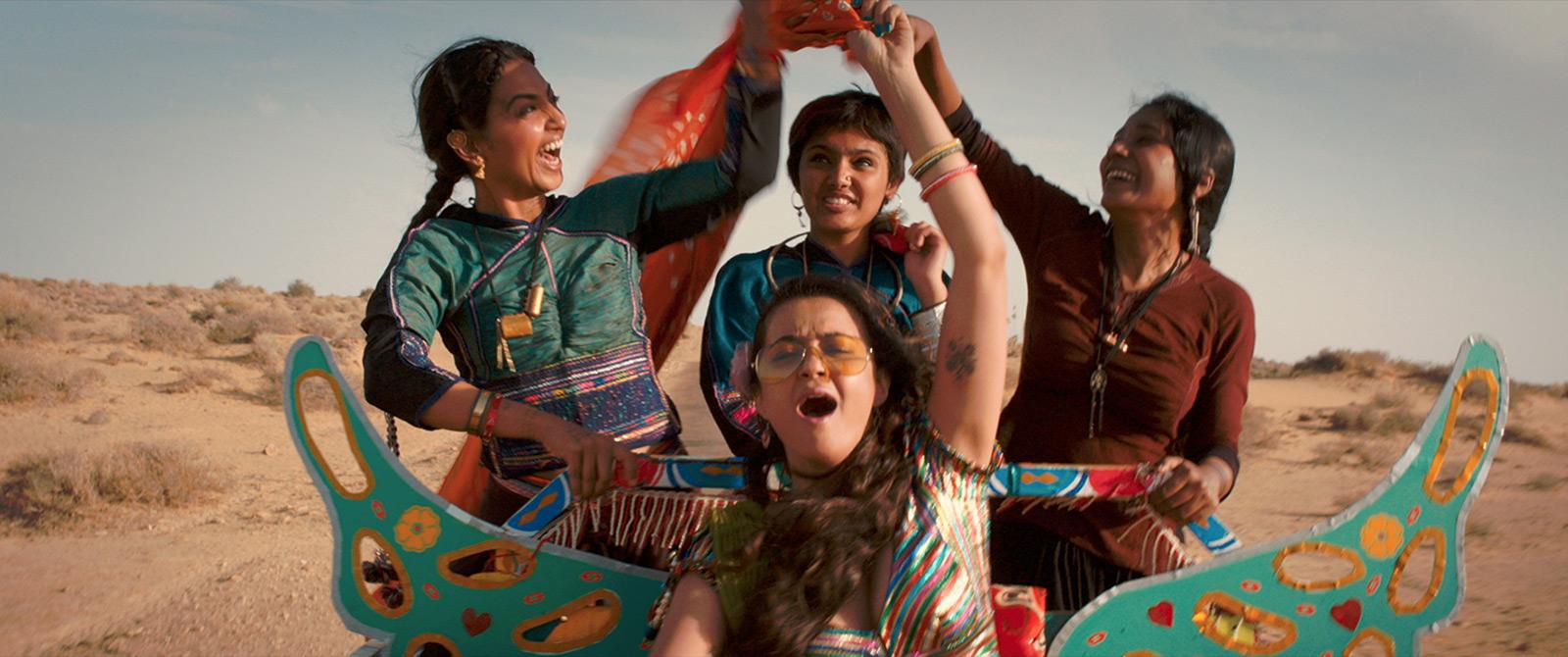 la-coutch-blog-la-saison-des-femmes-Bollywood-peut-aller-se-rhabiller7