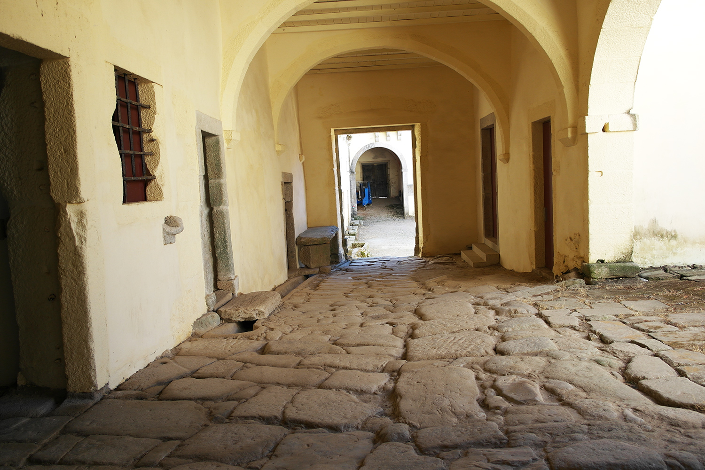 la-coutch-blog-voyage-portugal-lieu-le-plus-plaisible-monastere-sao-martinho-de-tibaes-braga1