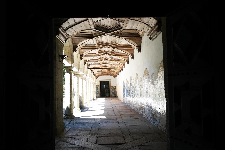 la-coutch-blog-voyage-portugal-lieu-le-plus-plaisible-monastere-sao-martinho-de-tibaes-braga14