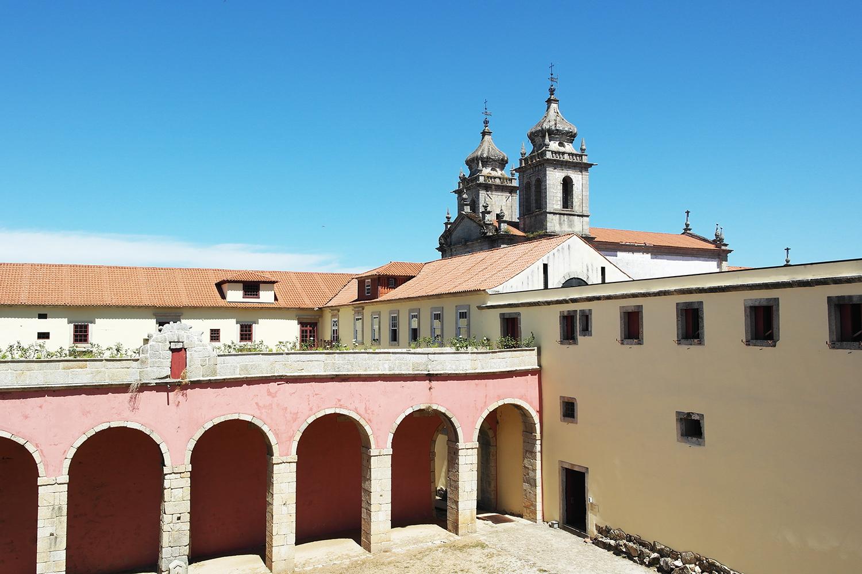 la-coutch-blog-voyage-portugal-lieu-le-plus-plaisible-monastere-sao-martinho-de-tibaes-braga5