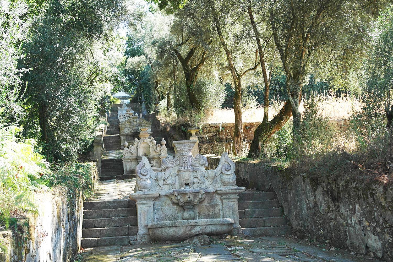 la-coutch-blog-voyage-portugal-lieu-le-plus-plaisible-monastere-sao-martinho-de-tibaes-braga6