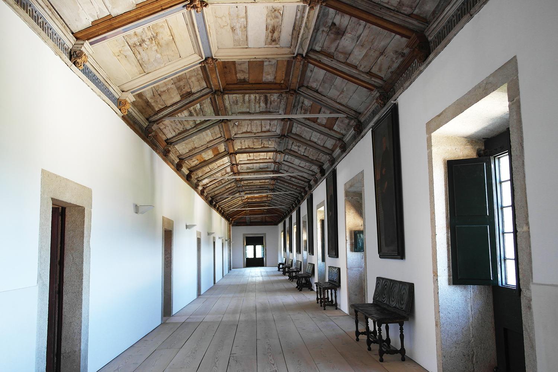 la-coutch-blog-voyage-portugal-lieu-le-plus-plaisible-monastere-sao-martinho-de-tibaes-braga9